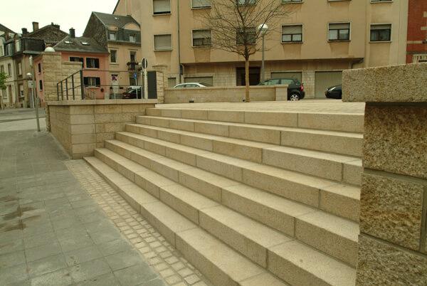Aménagement exterieur au Luxembourg – escaliers