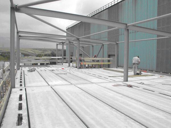 Construction métallique haut
